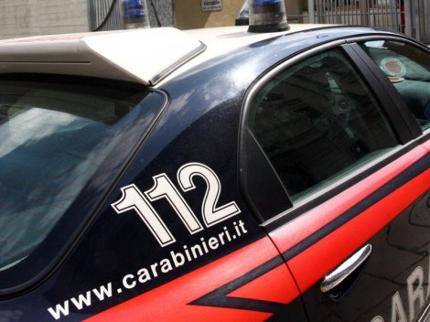 carabinieri 320-240-2